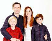 Vysmátá rodina